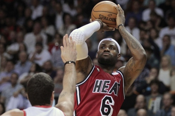 Sixth success for Miami, King James made ​​history