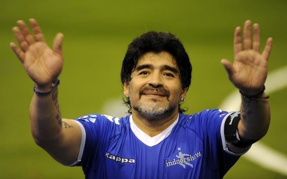 Maradona will become an honorary citizen of Naples