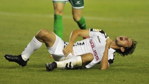 A Spanish defender finished a match with 10 stitches on his penis